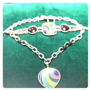 Jewelry - Color the Heart!